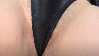 fc2avで見つけた剛毛な奥さんの無修正ハメ撮り動画